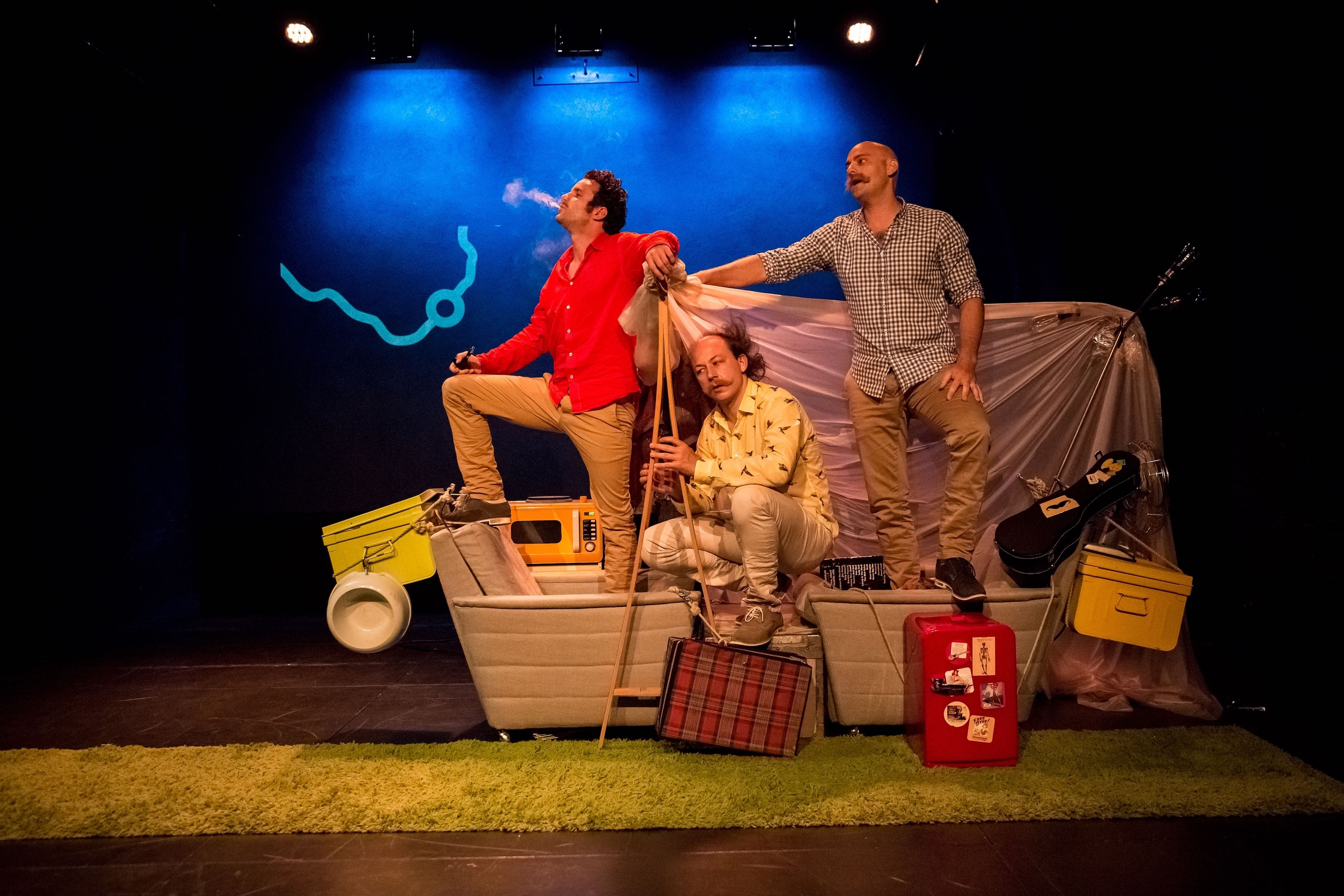 Trois hommes dans un bateau sans oublier le chien